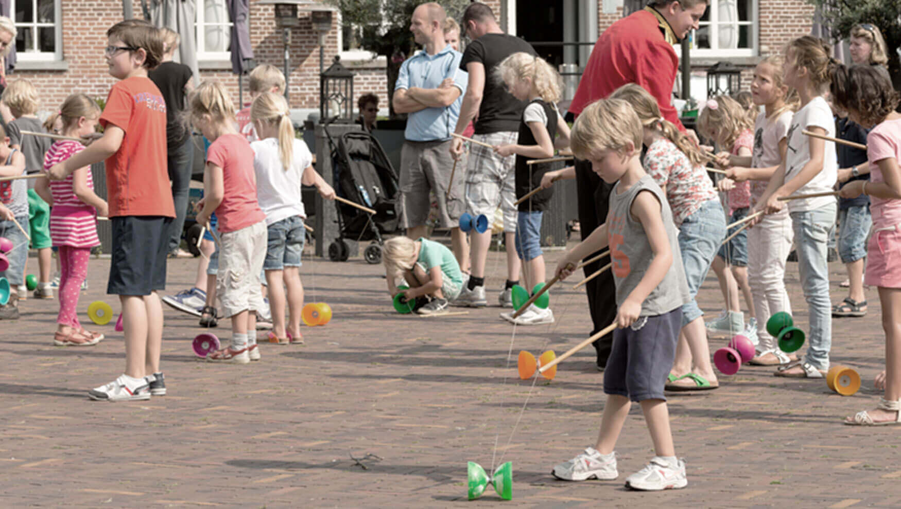 entertainmens-diabolo-clinic