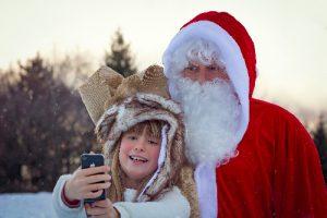 Pietenshow-Kerstman-op-de-foto