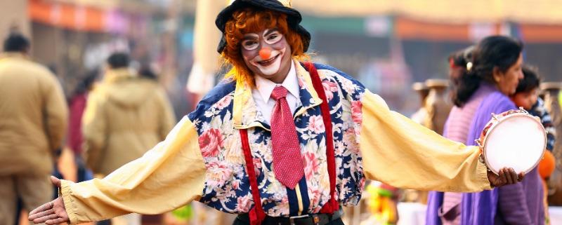 Clown inhuren prijs - Ballonnen-schmink-jongleren-circus-promotie