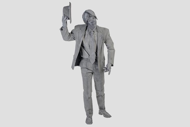 Omroeper - Levend standbeeld