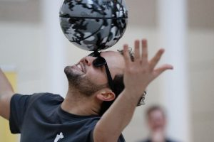 entertainmens-freestyle-basketballer